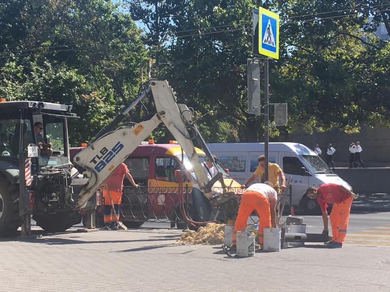 Новый светофор в Севастополе появится на площади Нахимова