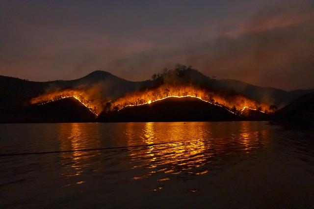 Особый противопожарный режим в Севастополе продлен до конца месяца