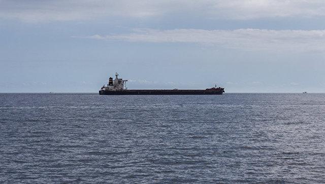 Российский танкер взорвался в Азовском море
