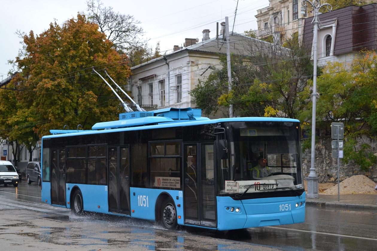 В троллейбусе Севастополя задержали нетрезвого нарушителя