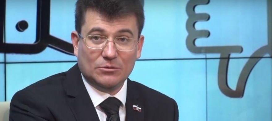 Иван Комелов раскритиковал ремонт, который сам же контролировал