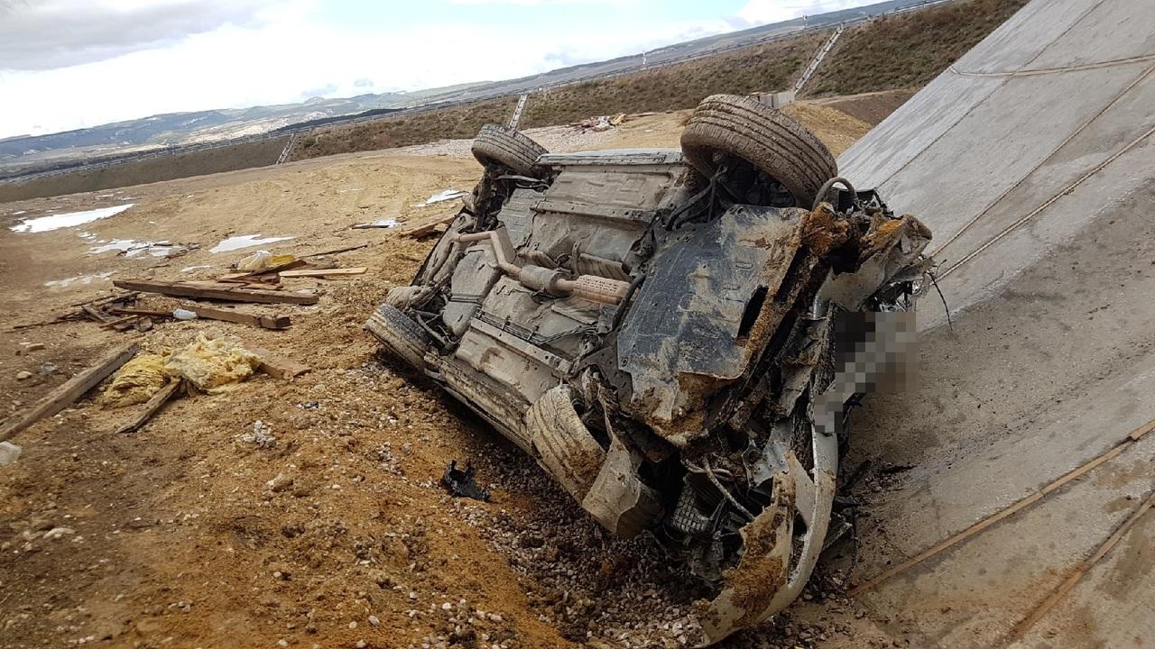 На трассе «Таврида» улетела в кювет Mazda