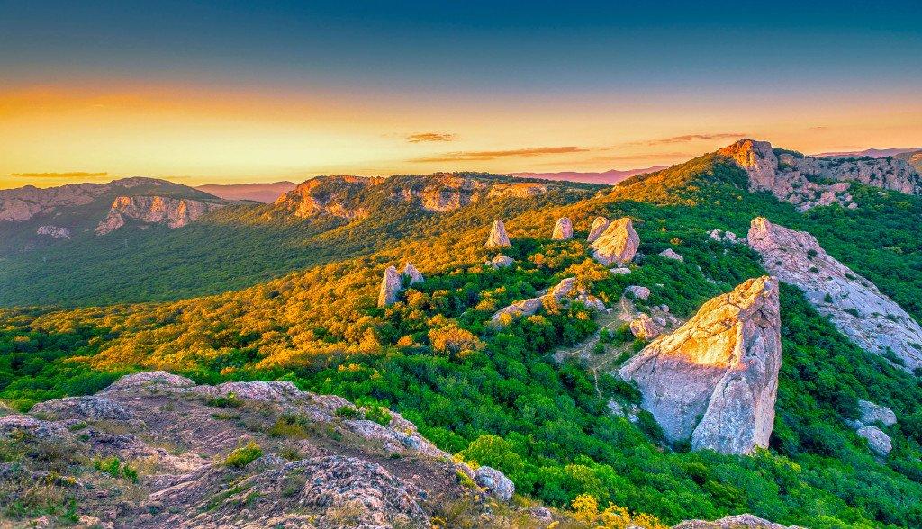 В Крыму и Севастополе 13 октября ожидается теплая погода