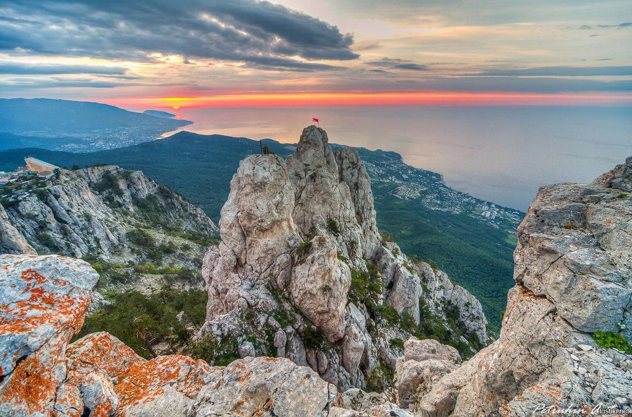 В Крыму и Севастополе сохраняется теплая погода