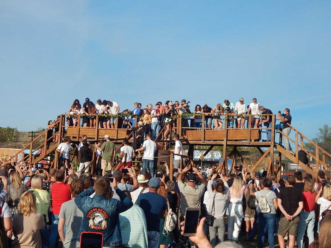Юбилейный фестиваль сбора урожая и виноделия состоялся в Севастополе