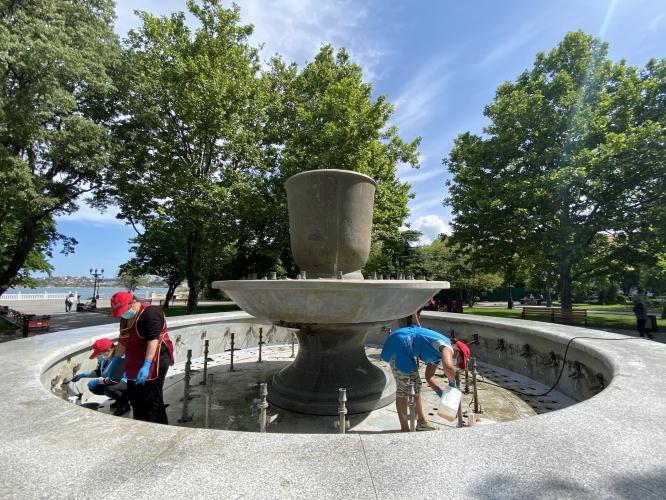 В Севастополе отключили фонтаны