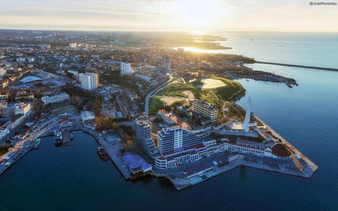 В Севастополе туристический сезон может длиться год — эксперт