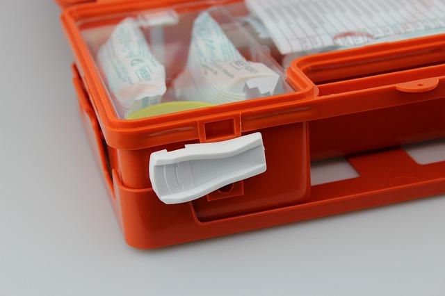 Стало известно, что должно быть в аптечке во время пандемии