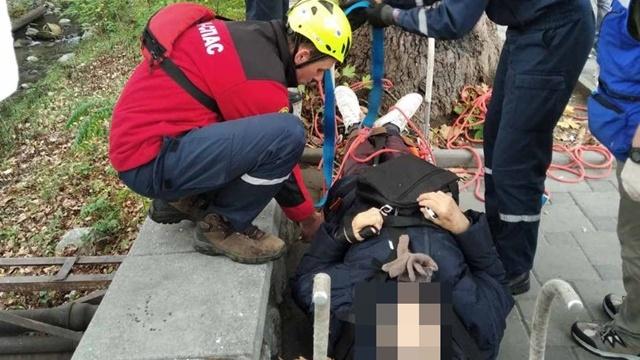 80-летний крымчанин упал с пятиметровой высоты в реку