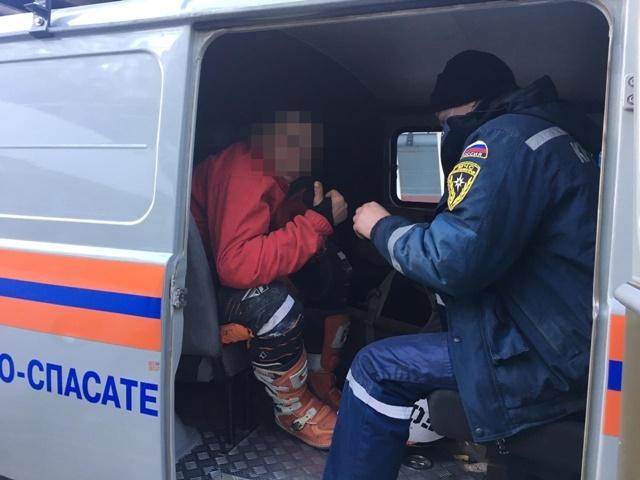 Турист на мотоцикле опрокинулся в горах Крыма