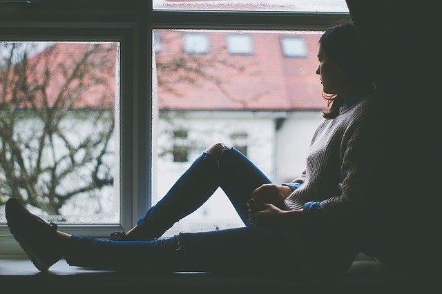 Названы симптомы психологических расстройств