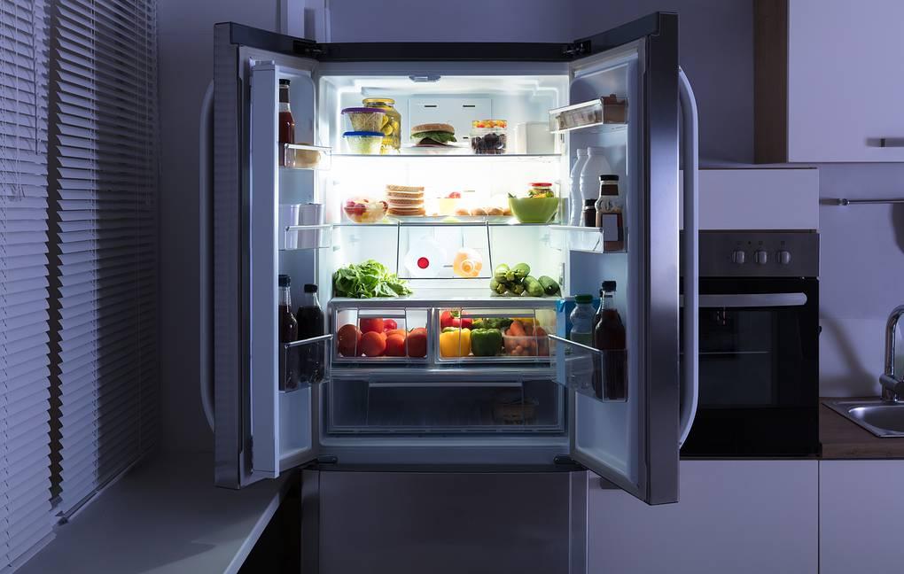 В Роспотребнадзоре напомнили, как правильно хранить салаты
