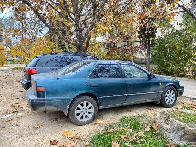 Севастопольцам рассказали, как бороться с нарушителями правил парковки