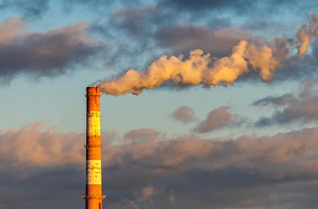 В городах Крыма зафиксировали загрязнение воздуха