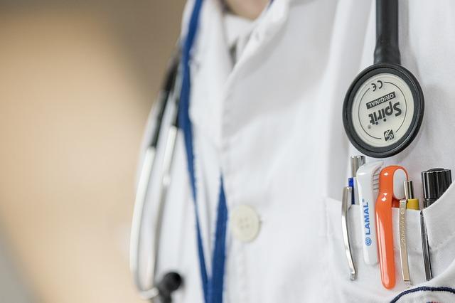Как будут работать севастопольские больницы в новогодние праздники
