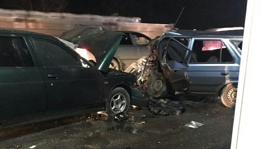 В жутком ДТП на крымской трассе погибли три человека