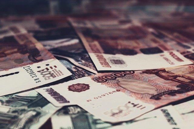 Более 5 миллионов рублей пропало из сейфа у жителя Гурзуфа