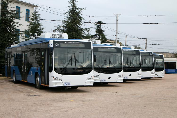 Напоминаем график работы общественного транспорта Севастополя в новогоднюю ночь