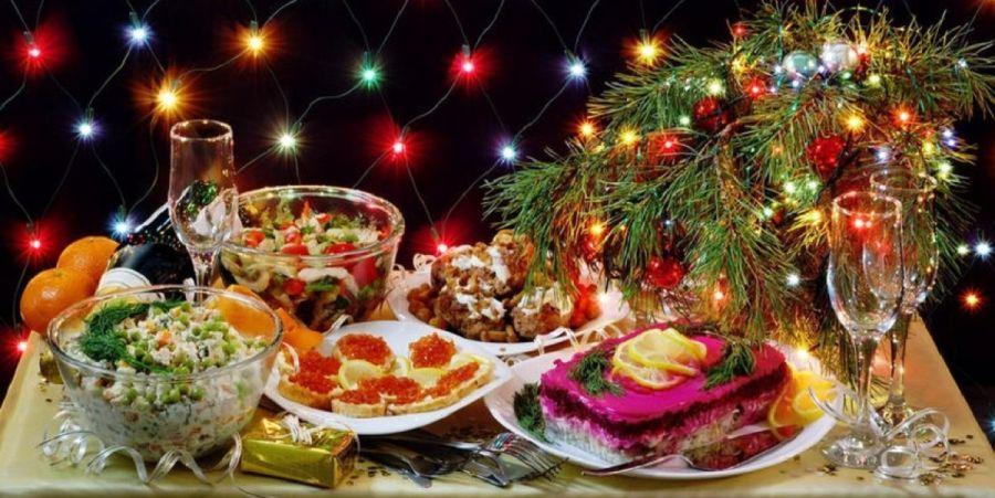 Историк кулинарии раскрыл удивительные факты о традиционных новогодних блюдах