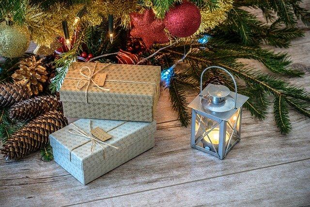 Сколько крымчане готовы потратить на новогодние подарки в этом году