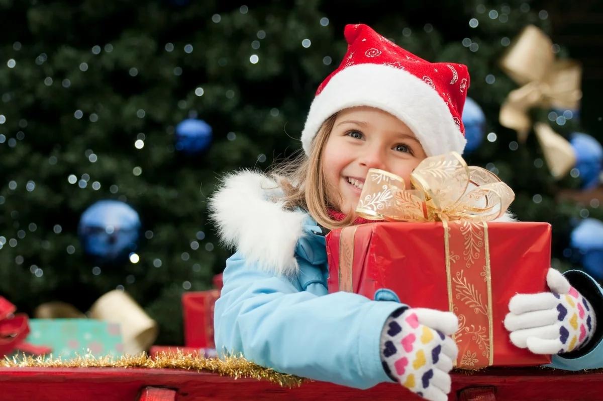 Средний чек на новогодний подарок ребенку вырос на 20%