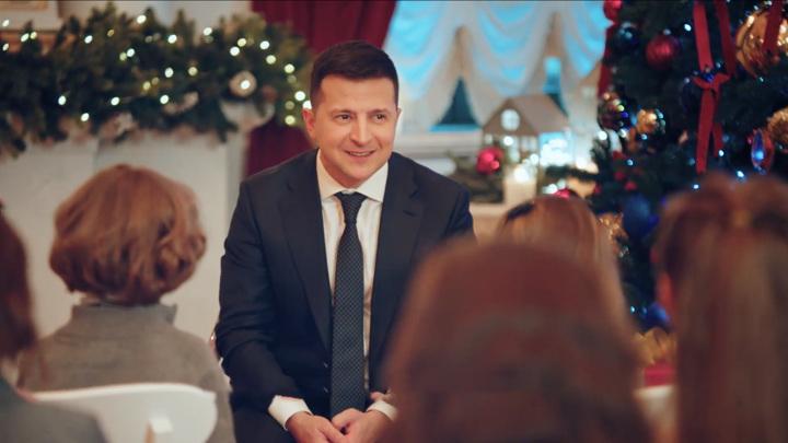Зеленский в новогоднем обращении попросил крымчан вернуть время назад