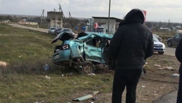 В страшном ДТП на крымской трассе погиб пассажир ВАЗа