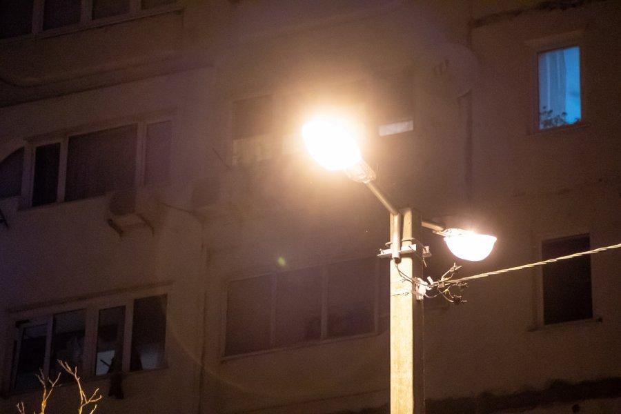 В Севастополе начали устанавливать наружное освещение во дворах