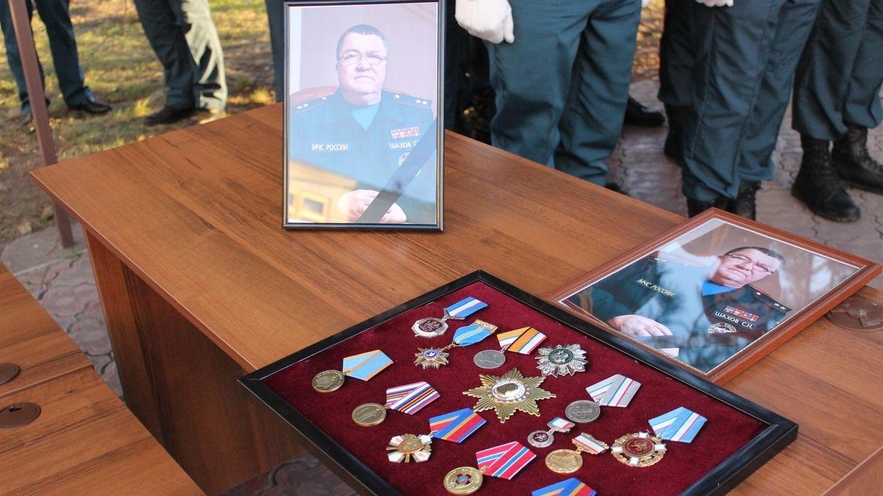 В Крыму простились с умершим министром МЧС Сергеем Шаховым