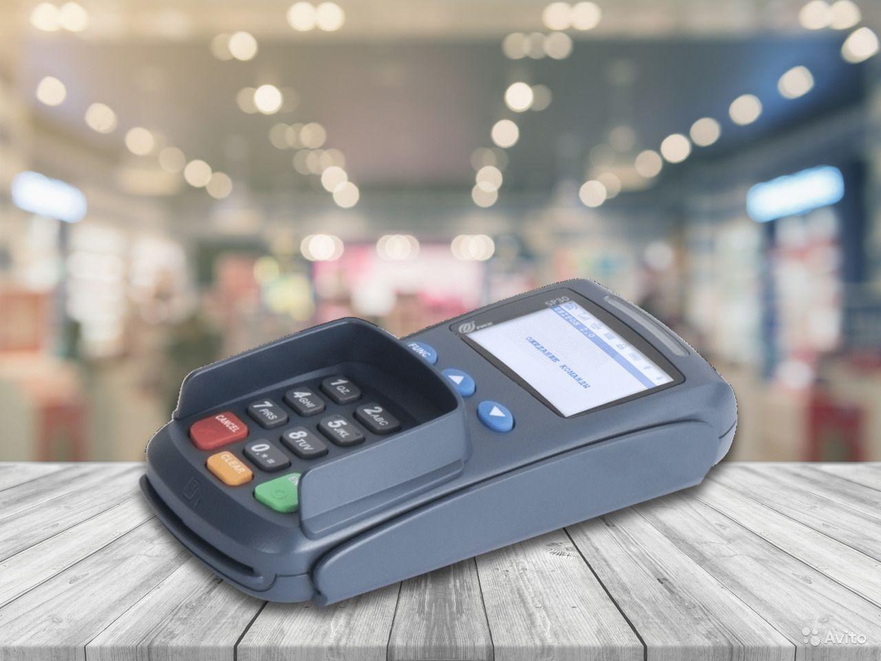 В Крыму мужчина из магазина вынес банковский терминал