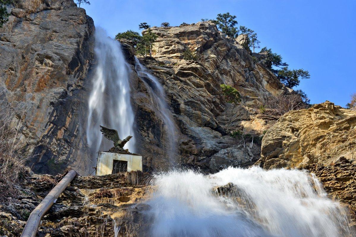 Крымский водопад Учан-Су наполнился водой после дождей