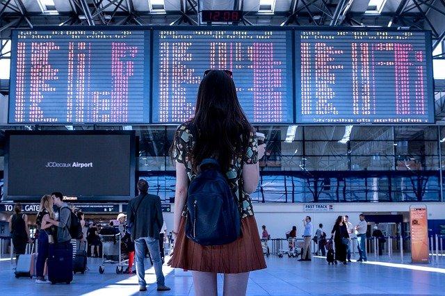 Сколько пассажиров принял аэропорт Симферополя за 2020 год