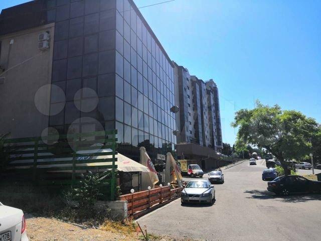 В Севастополе приостановили деятельность торгового комплекса