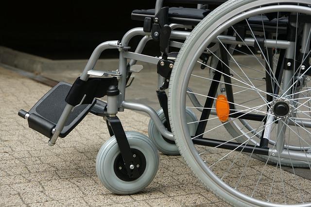 56-летний симферополец украл из больницы инвалидную коляску