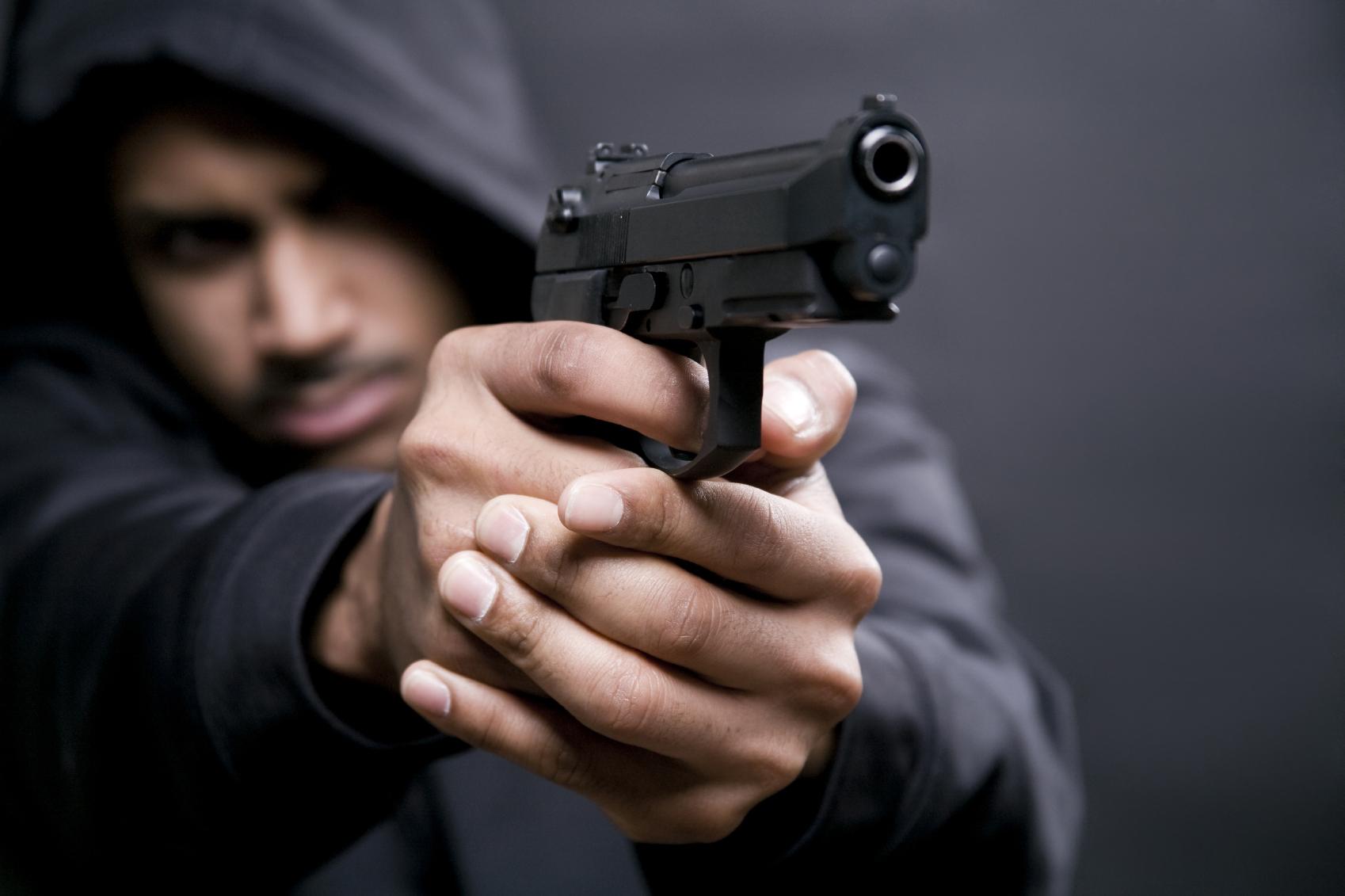 Мужчина на почве ревности угрожал бывшей сожительнице убить ее