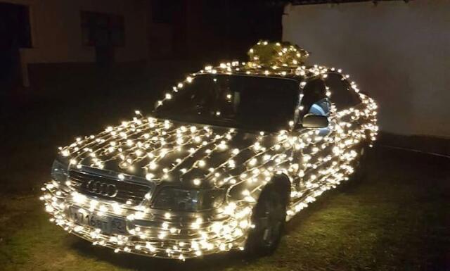 Крымский Дед Мороз разъезжал по Феодосии на «Ауди» (фото)