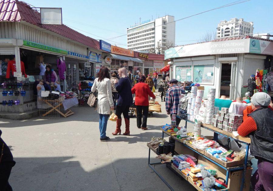 Для рынка «Чайка» закупят навесы на 2 млн рублей