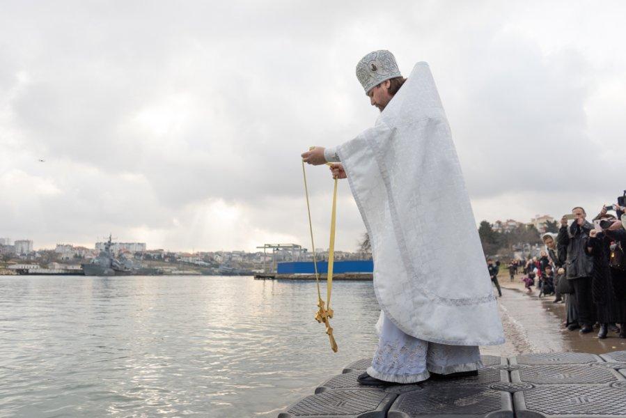 В Севастополе определили места для крещенских купаний