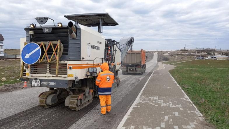 В Севастополе приступили к ремонту дорог