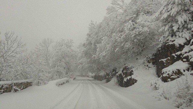 Проезд на плато Ай-Петри закрыли до улучшения погоды