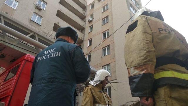В Симферополе 30 пожарных тушили огонь в многоэтажном доме