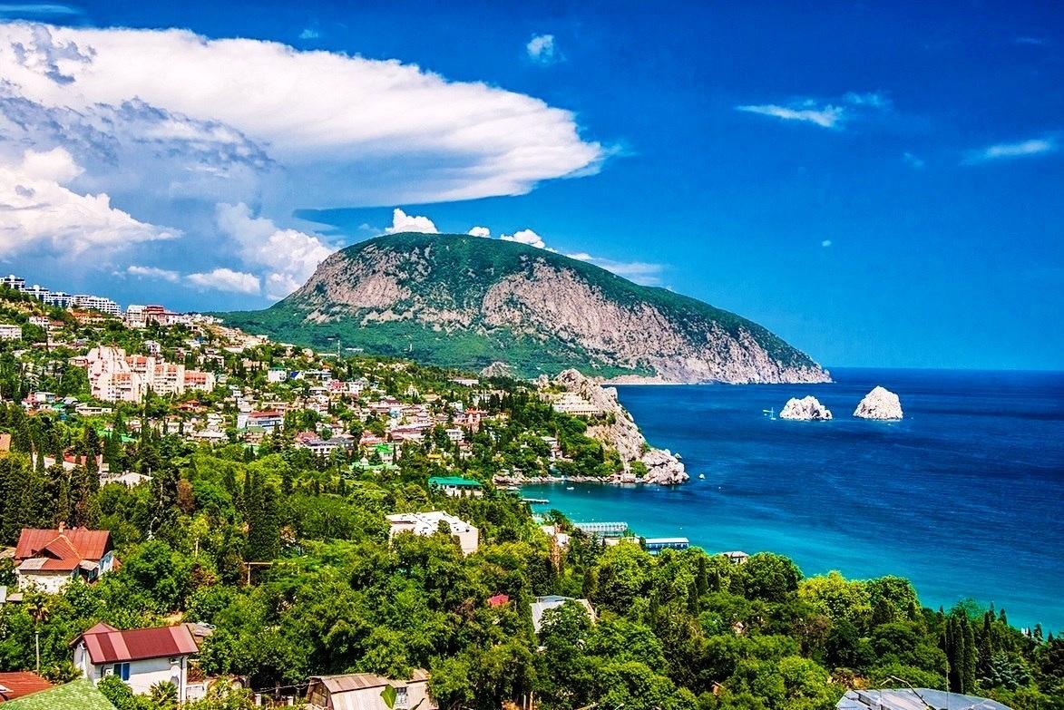 10% россиян провели отпуск в Крыму
