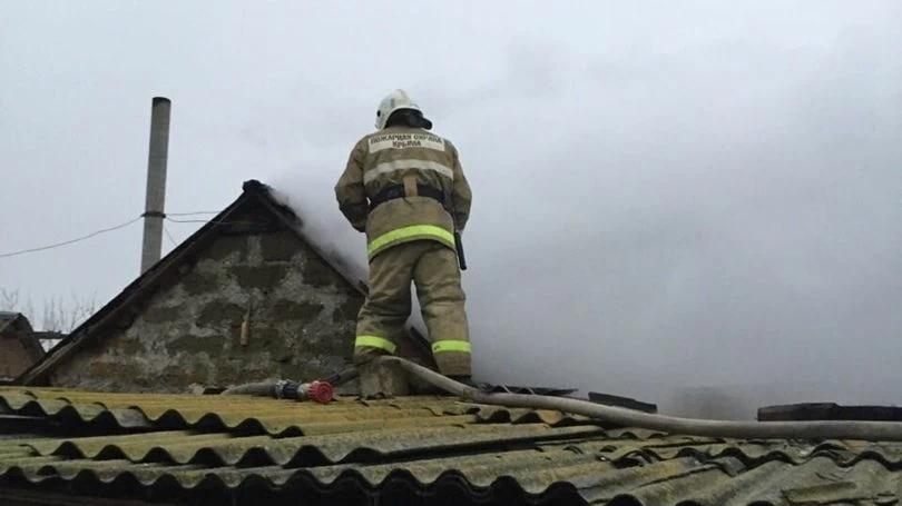 В Крыму в частном доме загорелась баня