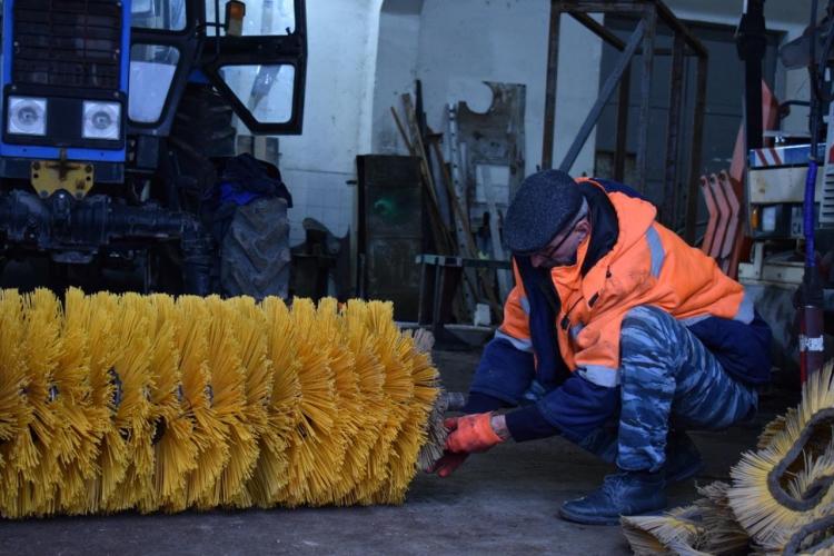 Севастопольские коммунальщики работают в круглосуточном режиме