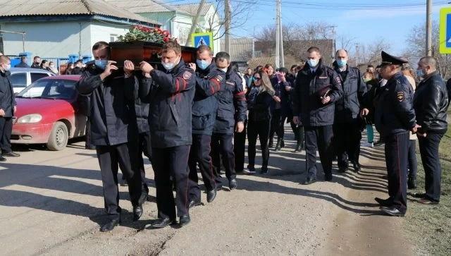 В Крыму простились с полицейскими, погибшими в жуткой аварии