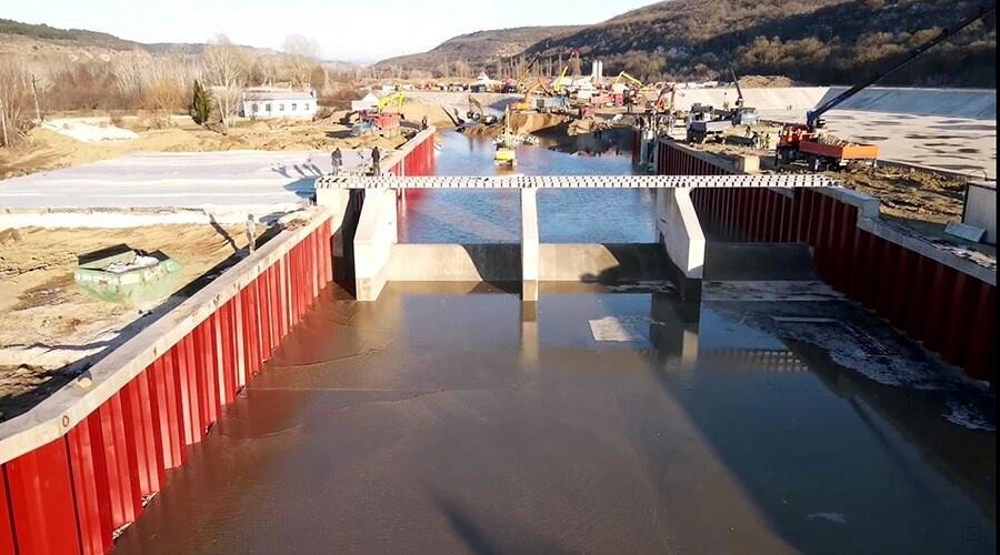 Воду из Бельбека пустили по новому руслу для подачи в Севастополь (видео)