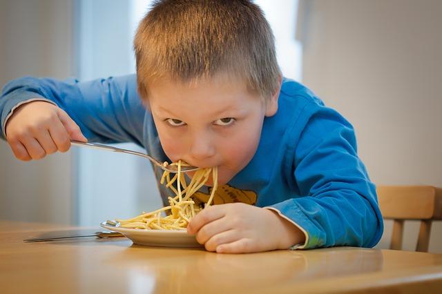 В севастопольской школе детей кормили по завышенным ценам