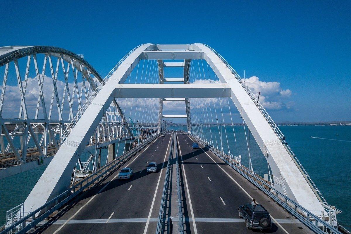Дорожные службы готовят Крымский мост к ухудшению погодных условий