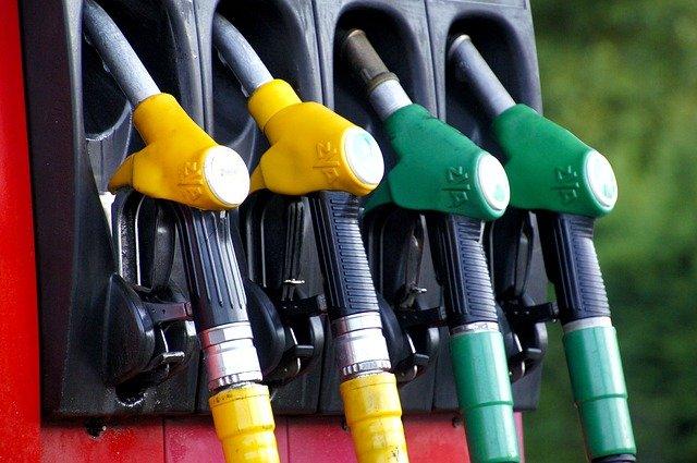 В Симферополе выросли цены на бензин
