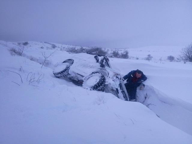 Крымские спасатели на выходных оказали помощь 17 автомобилям (фото)